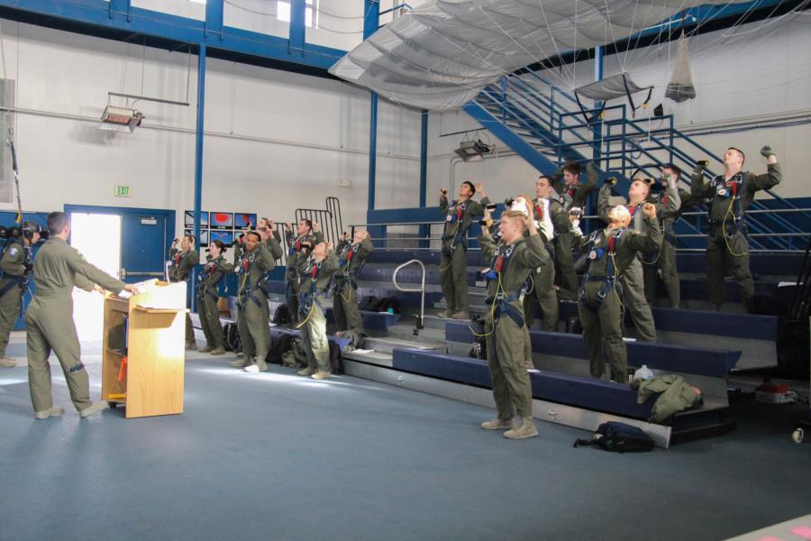 2nd Go AM-490 Ground Training