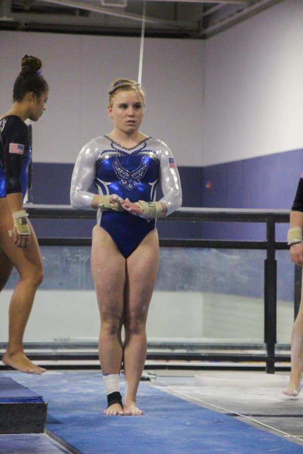 ab6486f4 Silver Intrasquad competition. The teams were evenly matched and competed  in multiple events. These events included vault, uneven bars, balance beam,  ...